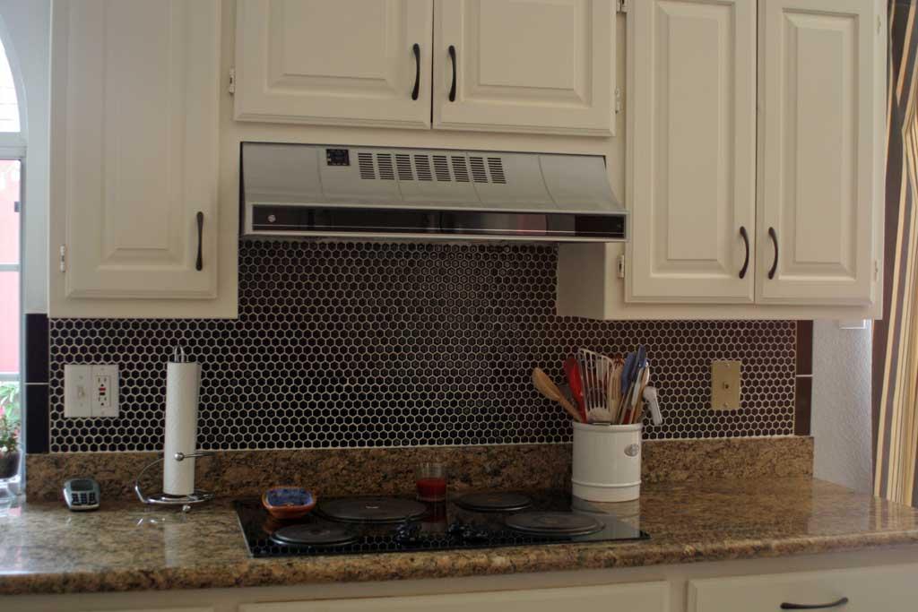 kitchen-backsplash-stove