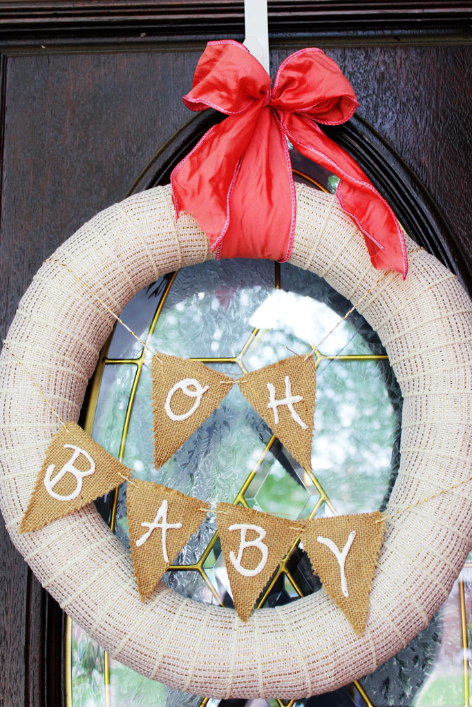 Baby Shower wreath | www.amusingmj.com