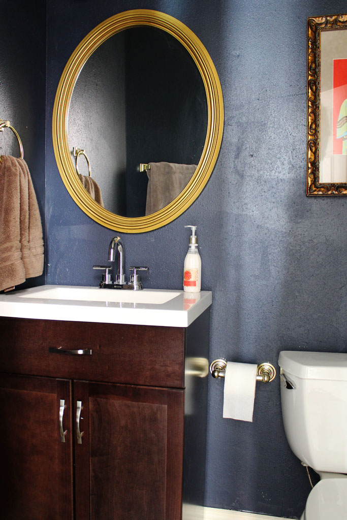 Hale Navy Guest Bathroom | www.amusingmj.com