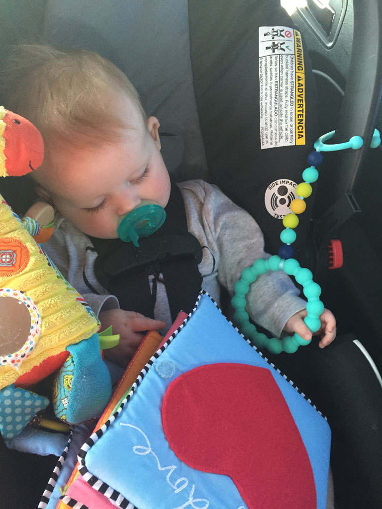 7 Tips for successful road trips with an infant | www.amusingmj.com